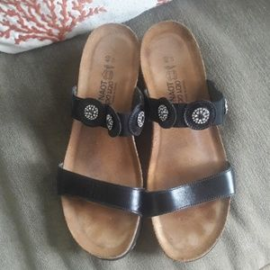 Naot  Comfort Sandals